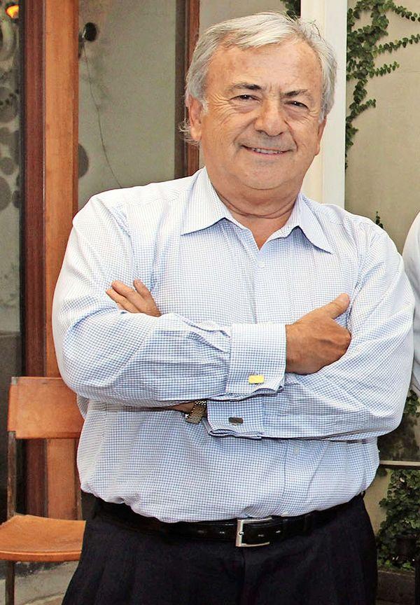 Isidoro Quiroga logra precio record por Australis, la quinta salmonera del  mercado